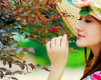 Pielęgnacja skóry tłustej - jakie kosmetyki wybrać?