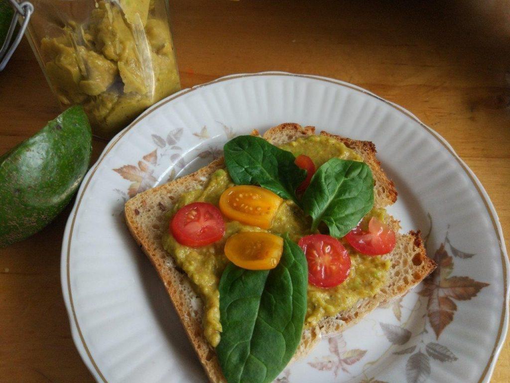 Kanapka z guacamole